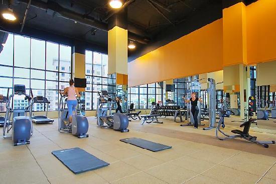 Hilton Garden Inn Montreal Centre-ville : Gym
