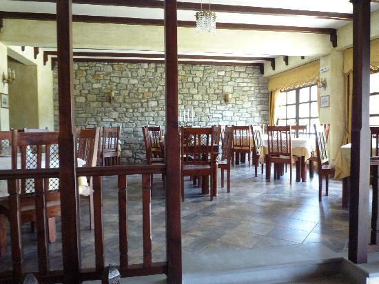 Doupiani House Hotel: la salle a manger