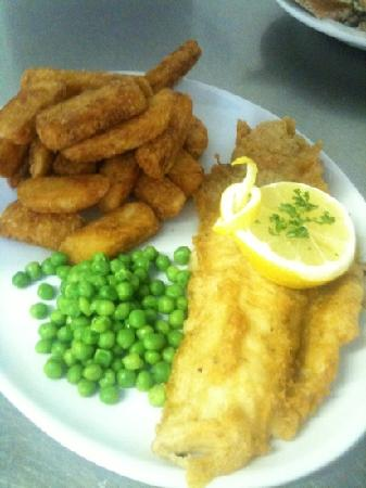 The Greyhound Inn: fish and chips