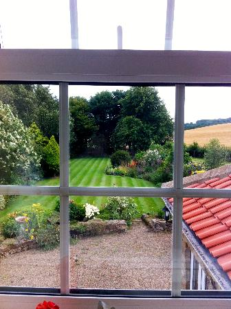 Scalby Hayes Bed & Breakfast: The view from the south window in The Waterside