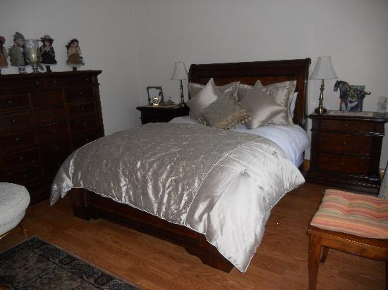Ella's Bed and Breakfast: Double Room