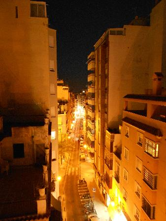Hotel Residencia San Remo: View from Room 602 at night
