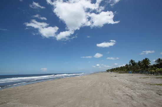 Hostal El Pulpo: lonely private beach