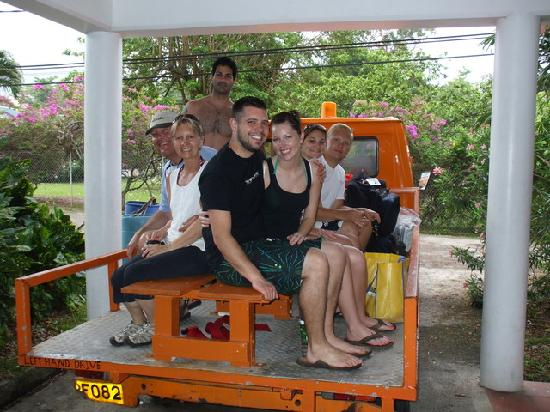 Cabrits Dive Centre: Getting to the boat