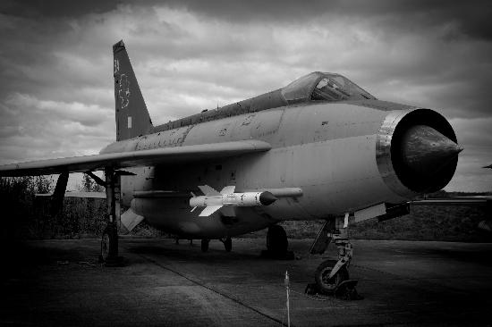 Yorkshire Air Museum : EE Lightning