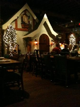 Babe's Chicken Dinner House: a shot of the interior; one of the cottages...