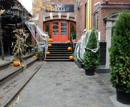 Brassaii : Older photo of Brassai decorated for Halloween.