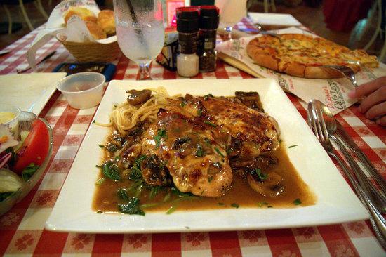 DiGiorgio's Cafe Largo: Dovrebbero essere dei Saltimbocca