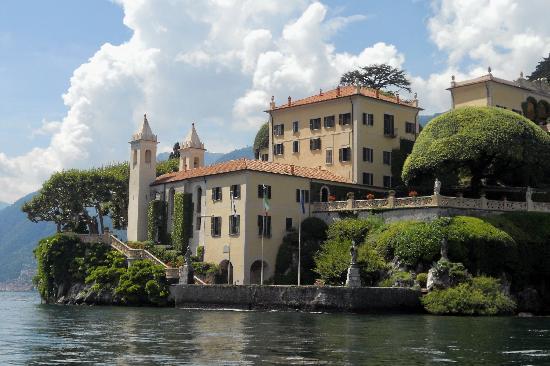 Bellagio Water Limousines: view approaching Villa Balbianello