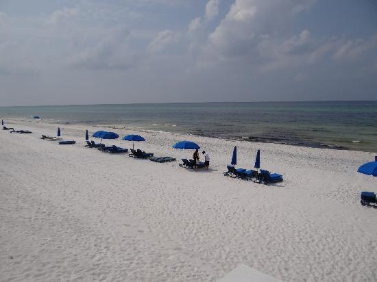 Carillon Beach Resort Inn: Private beach!