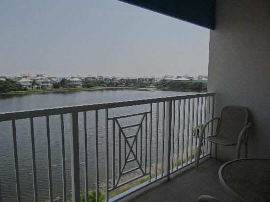 Carillon Beach Resort Inn: View from the balcony