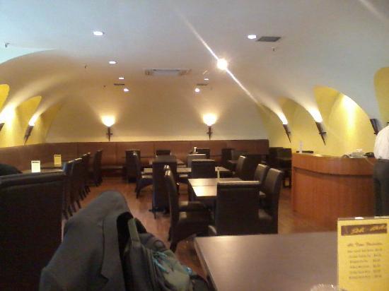 Jubilee Hotel: New cafe