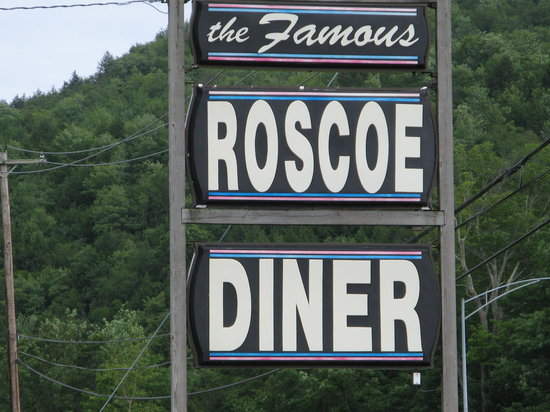 Roscoe Diner: Can't miss the place