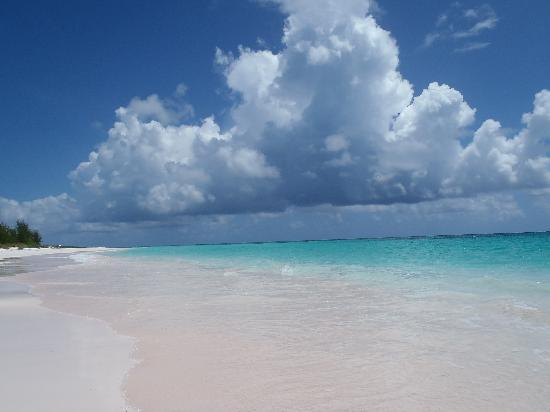 Governor's Harbour, Eleuthera: the beach