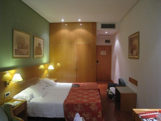 Tryp Alameda: Room