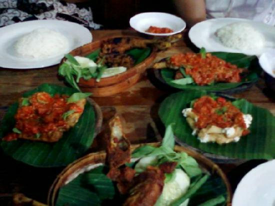 Plengkung: our menu..spicyyy