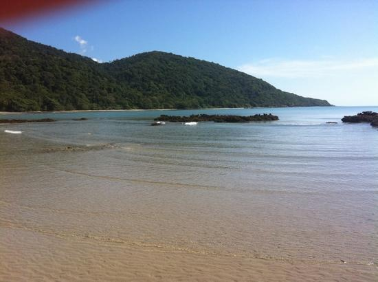 Cape Tribulation Camping: beach by camp site