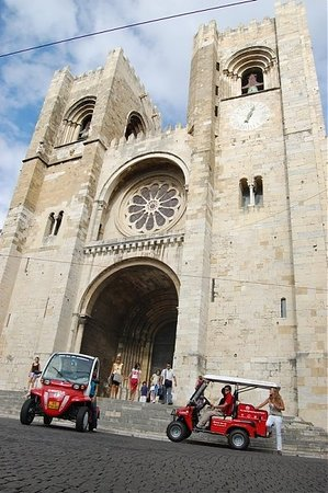 Red Tour Lisbon - Buggy and Segway Tours: Alfama Segway Guided Tour 3