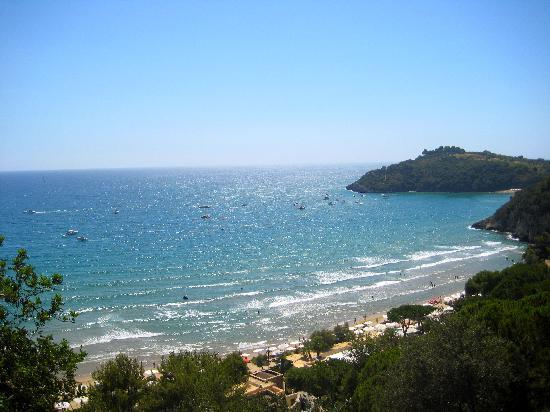 Сперлонга, Италия: Spiaggia nei dintorni di Sperlonga