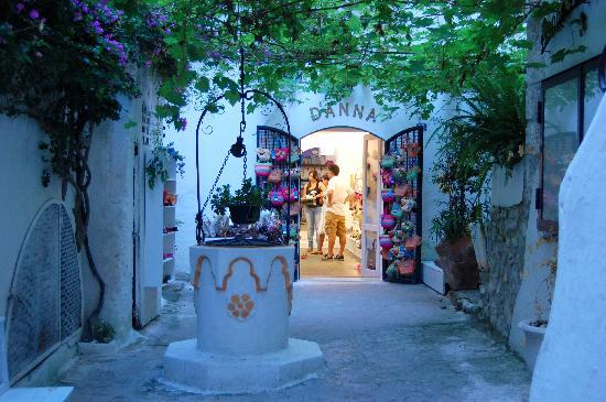 Sperlonga, Italien: Per le vie del borgo
