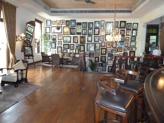 fotowand foto van cafe batavia jakarta tripadvisor. Black Bedroom Furniture Sets. Home Design Ideas