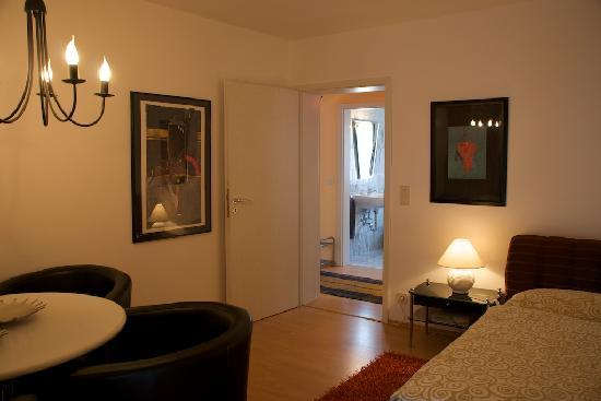 Wolframs-Eschenbach, Germany: Apartment