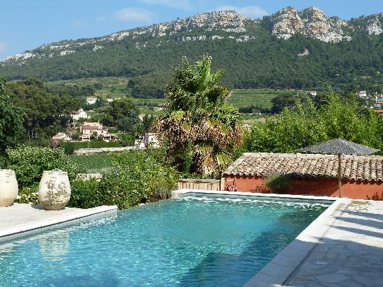 Maison 9: pool simply stunning