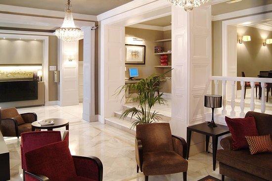 Condado Hotel Barcelona: Hotel Lobby