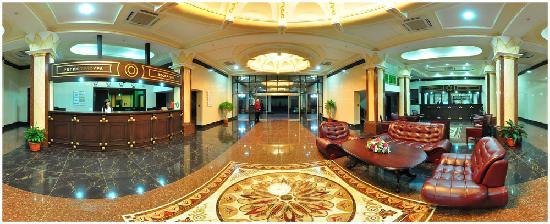 Golden Valley Hotel: Hotel Looby