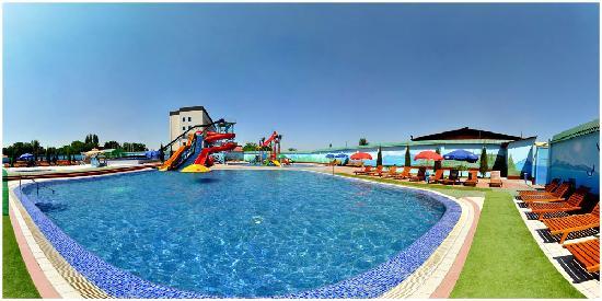 "Golden Valley Hotel: ""Aqualand"""