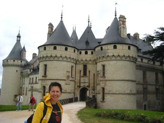 Centre, Frankreich: cylindrical corner turrets