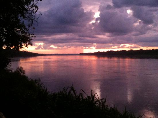 Inkaterra Reserva Amazonica: sunrise from outside the lodge