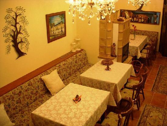 Egidius Brewery : Interior with nice fireplace