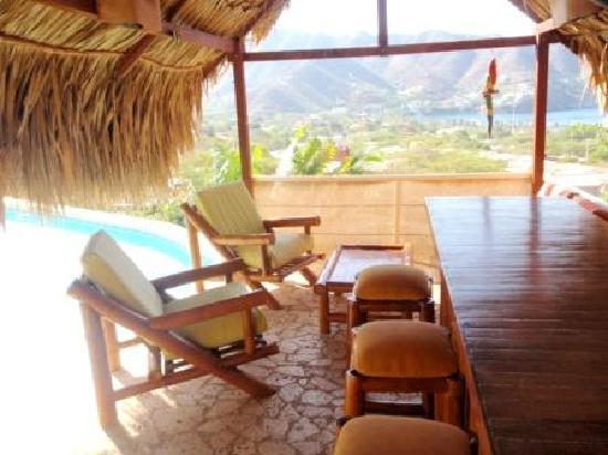 Casa Los Cerros: Le kiosque de la piscine