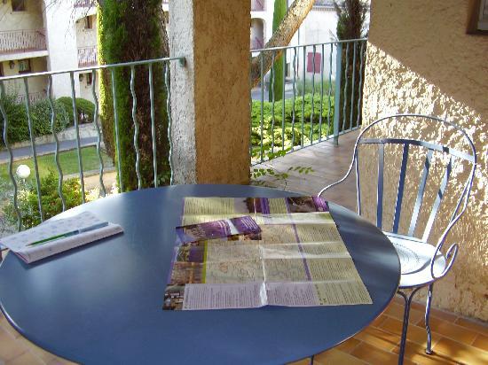 Greoux les Bains, França: le balcon