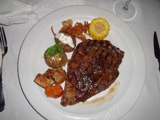 Grand Bahia Principe Bavaro : Steak House