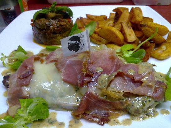Le Maceio: entrecote aux fromages corse et jambon grillé