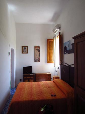 La Lampara Stromboli: Room 2