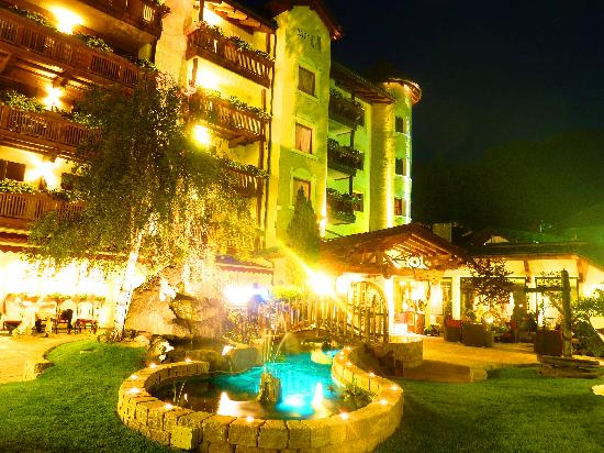 Wellnesshotel Almhof Call: summeremotions in the Dolomites 2