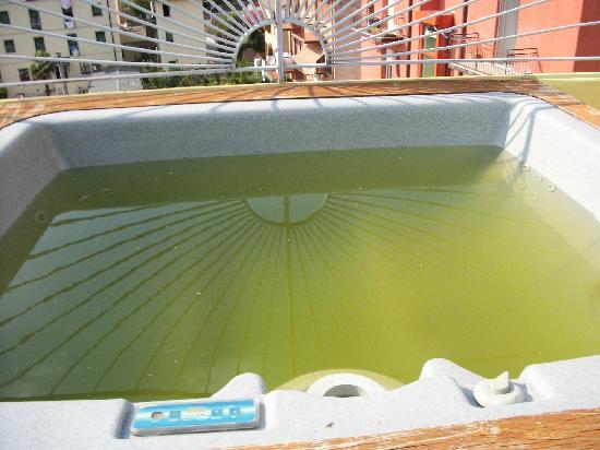 Hotel Miravalli: jacuzzi pool