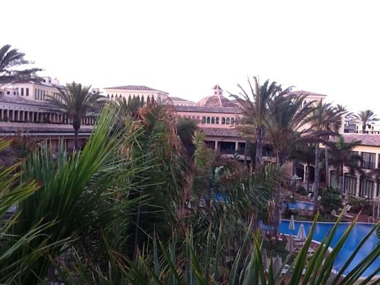 Gran Hotel Atlantis Bahia Real: view from the terrace