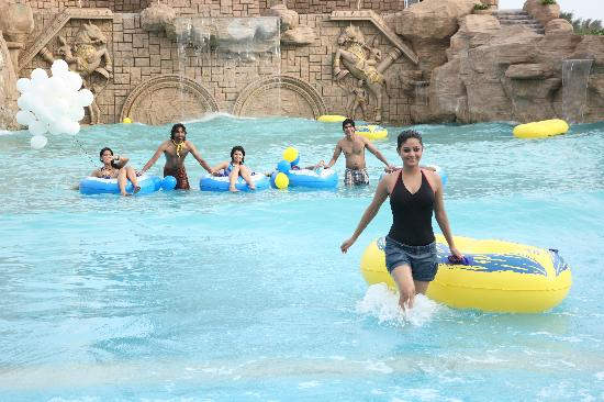 Wave pool picture of vgp universal kingdom chennai - Beach resort in chennai with swimming pool ...