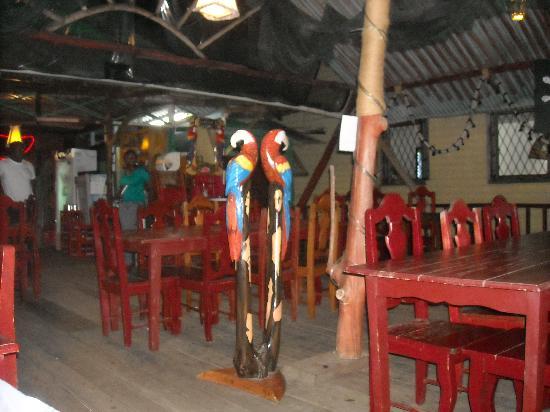 El Pirata : inside restaurant