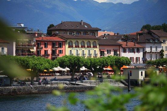 Piazza Ascona, Hotel & Restaurants