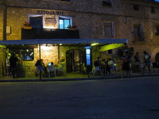 Alquezar, Spain: La terrasse