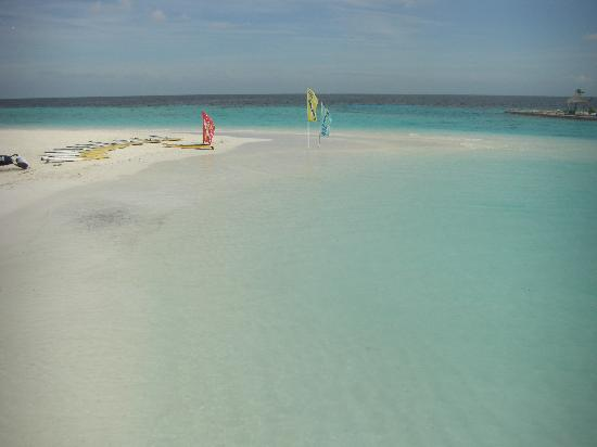 Robinson Club Maldives: Strand