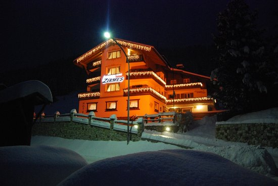 Photo of Hotel ai Zirmes Moena
