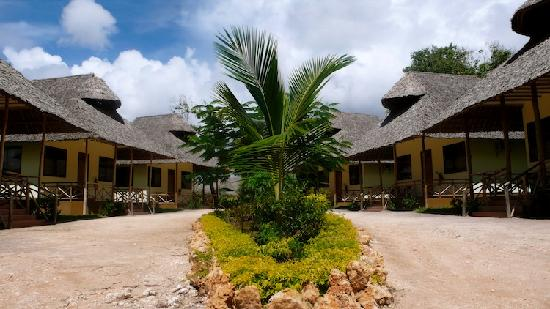 East African Dream Beach Resort: Our Rooms