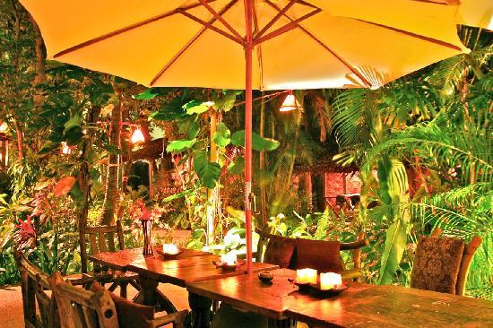 Aonang Tropical Resort: restaurant