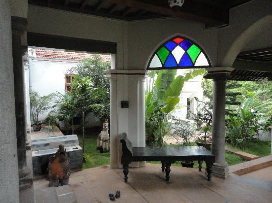 Karaikudi, India: The entrance to the villa